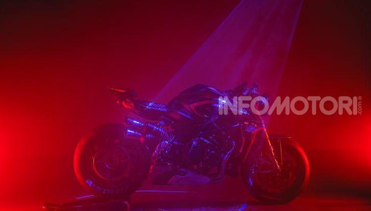 A giugno parte la produzione della MV Agusta Rush 1000 - Foto 4 di 10