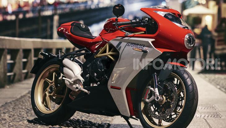 MV Agusta Superveloce 800: due nuove livree per la superbike neo-retro - Foto 2 di 6