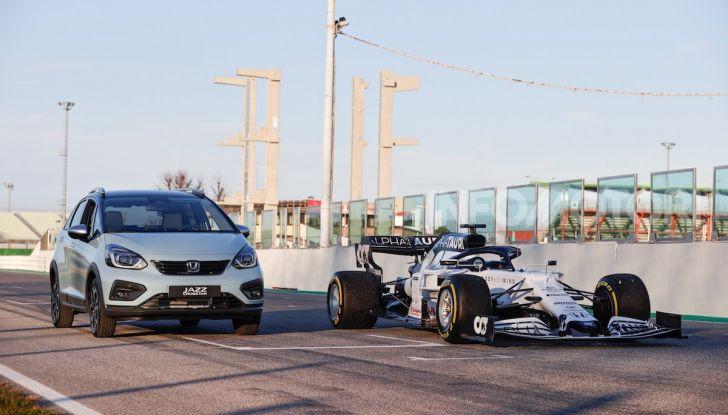 Nuova Honda Jazz 2020 sfrutta l'esperienza ibrida della F1 - Foto 2 di 3