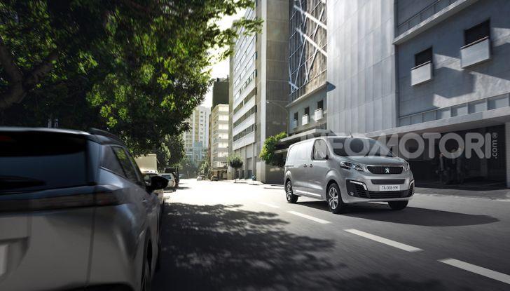 Peugeot e-Expert: elettrico, capiente e potente - Foto 13 di 21