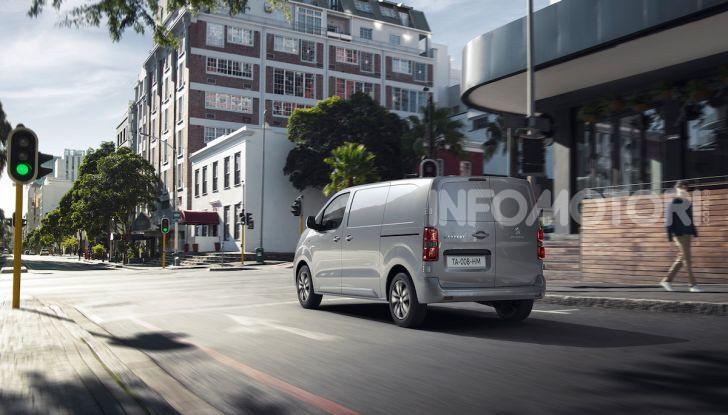 Peugeot e-Expert: elettrico, capiente e potente - Foto 14 di 21