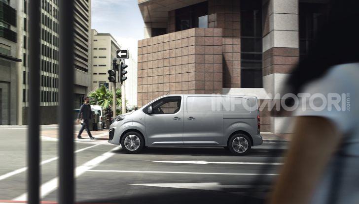Peugeot e-Expert: elettrico, capiente e potente - Foto 15 di 21