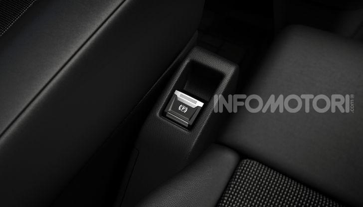 Peugeot e-Expert: elettrico, capiente e potente - Foto 20 di 21
