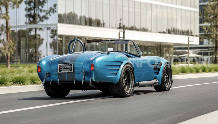 Nuova Shelby Cobra, replica ufficiale di Superperformance - Foto 4 di 11