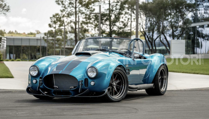 Nuova Shelby Cobra, replica ufficiale di Superperformance - Foto 9 di 11