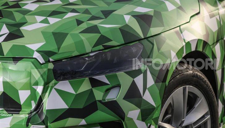 Skoda Enyaq iV: potenza e capacità di carico per il nuovo SUV boemo - Foto 3 di 11