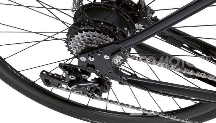 BMW e Mini firmano una nuova linea di monopattini, bici ed e-bike - Foto 12 di 21