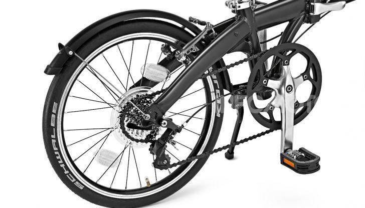 BMW e Mini firmano una nuova linea di monopattini, bici ed e-bike - Foto 4 di 21