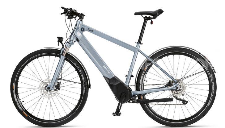 BMW e Mini firmano una nuova linea di monopattini, bici ed e-bike - Foto 6 di 21