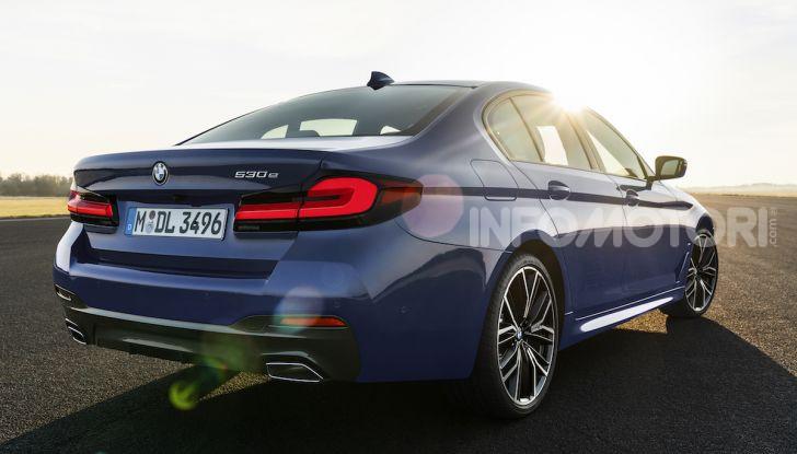 Nuova BMW Serie 5 2020: look sportivo e interni raffinati - Foto 4 di 32