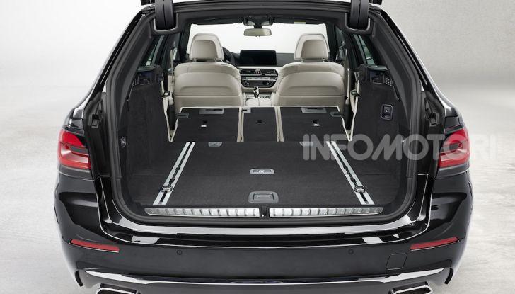 Nuova BMW Serie 5 2020: look sportivo e interni raffinati - Foto 21 di 32