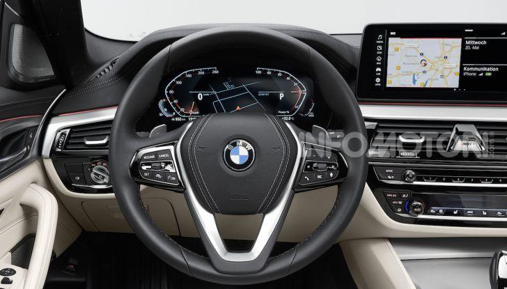 Nuova BMW Serie 5 2020: look sportivo e interni raffinati - Foto 18 di 32