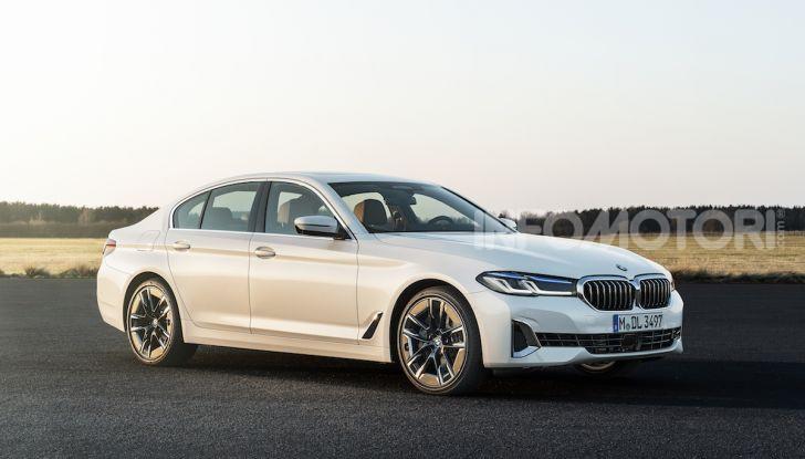 Nuova BMW Serie 5 2020: look sportivo e interni raffinati - Foto 26 di 32