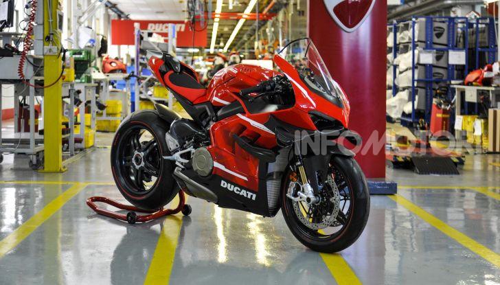 Ducati avvia la produzione della Superleggera V4 - Foto 3 di 8