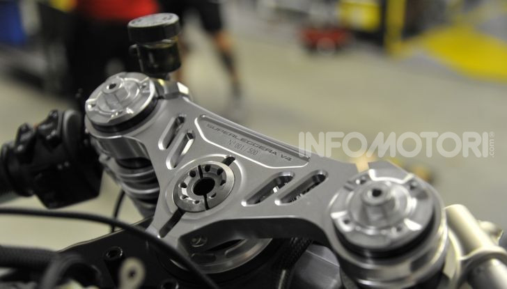 Ducati avvia la produzione della Superleggera V4 - Foto 4 di 8