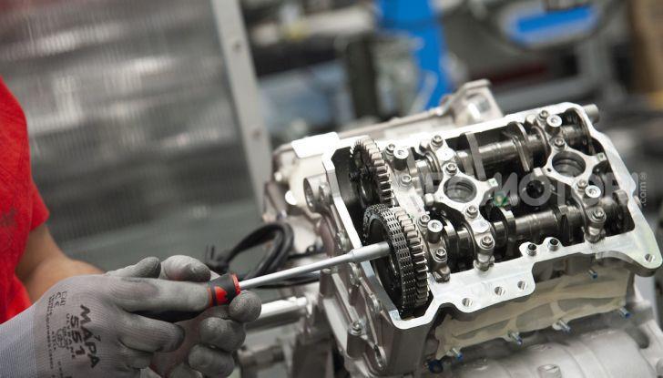 Ducati avvia la produzione della Superleggera V4 - Foto 6 di 8