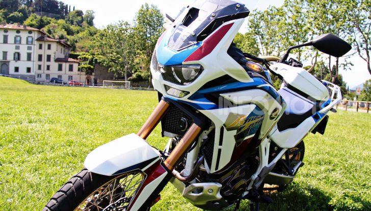 Prova Honda Africa Twin 1100 Adventure Sports: regina su strada e off-road - Foto 19 di 20
