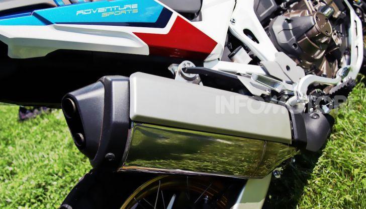 Prova Honda Africa Twin 1100 Adventure Sports: regina su strada e off-road - Foto 5 di 20
