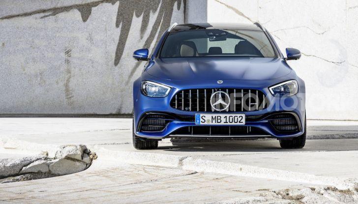 Mercedes-AMG E 63 4MATIC: berlina e station wagon fanno rima con prestazioni e comfort - Foto 10 di 51