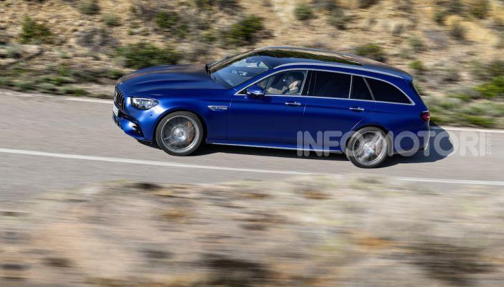 Mercedes-AMG E 63 4MATIC: berlina e station wagon fanno rima con prestazioni e comfort - Foto 15 di 51