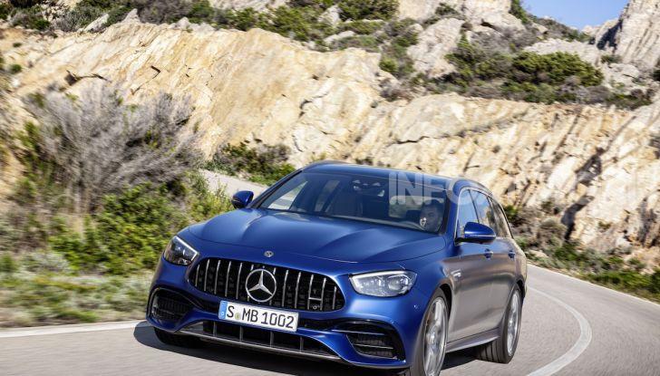 Mercedes-AMG E 63 4MATIC: berlina e station wagon fanno rima con prestazioni e comfort - Foto 16 di 51