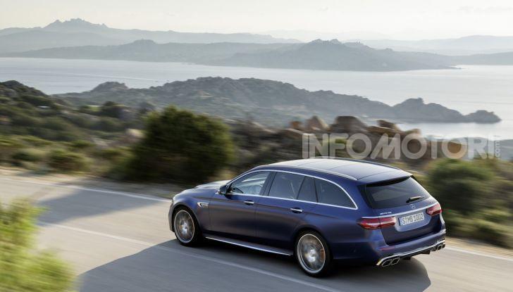 Mercedes-AMG E 63 4MATIC: berlina e station wagon fanno rima con prestazioni e comfort - Foto 18 di 51