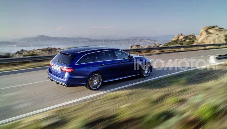 Mercedes-AMG E 63 4MATIC: berlina e station wagon fanno rima con prestazioni e comfort - Foto 2 di 51
