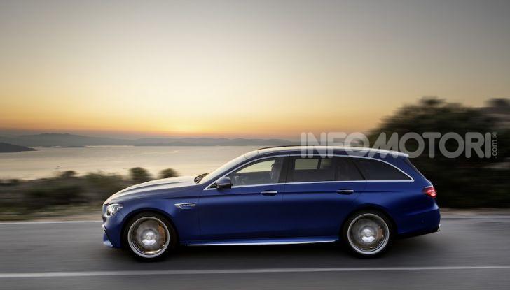 Mercedes-AMG E 63 4MATIC: berlina e station wagon fanno rima con prestazioni e comfort - Foto 22 di 51