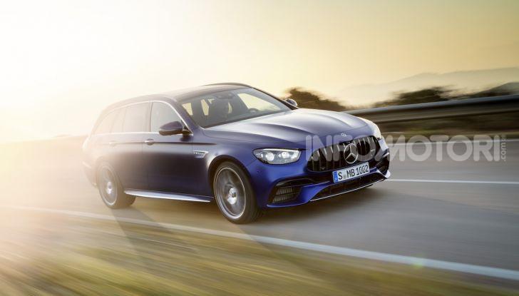 Mercedes-AMG E 63 4MATIC: berlina e station wagon fanno rima con prestazioni e comfort - Foto 28 di 51