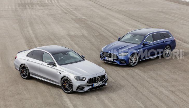 Mercedes-AMG E 63 4MATIC: berlina e station wagon fanno rima con prestazioni e comfort - Foto 29 di 51