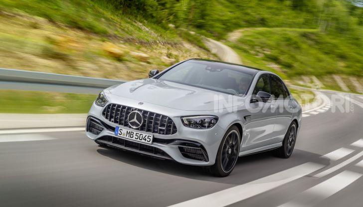 Mercedes-AMG E 63 4MATIC: berlina e station wagon fanno rima con prestazioni e comfort - Foto 42 di 51