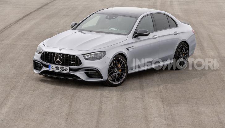 Mercedes-AMG E 63 4MATIC: berlina e station wagon fanno rima con prestazioni e comfort - Foto 43 di 51