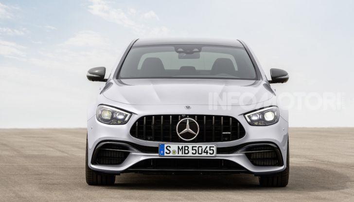 Mercedes-AMG E 63 4MATIC: berlina e station wagon fanno rima con prestazioni e comfort - Foto 46 di 51