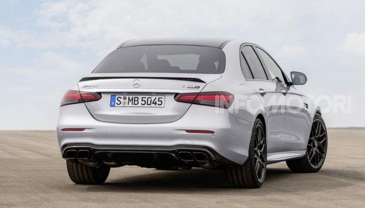 Mercedes-AMG E 63 4MATIC: berlina e station wagon fanno rima con prestazioni e comfort - Foto 47 di 51