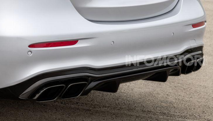 Mercedes-AMG E 63 4MATIC: berlina e station wagon fanno rima con prestazioni e comfort - Foto 49 di 51