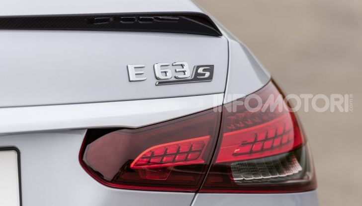 Mercedes-AMG E 63 4MATIC: berlina e station wagon fanno rima con prestazioni e comfort - Foto 50 di 51