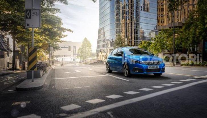 Peugeot 308: la versione 2020 è ancora più spaziosa e tecnologica - Foto 5 di 12