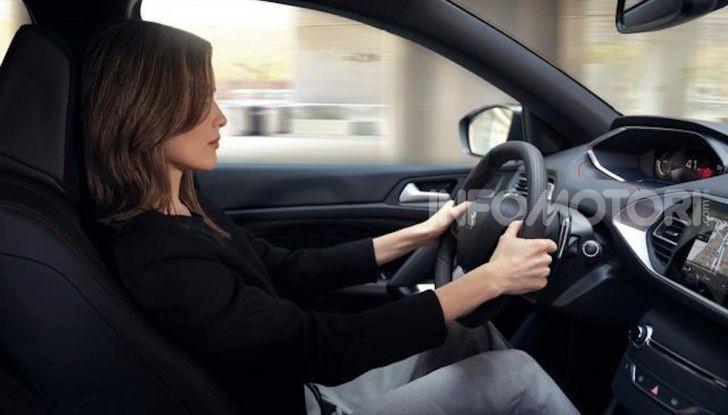 Peugeot 308: la versione 2020 è ancora più spaziosa e tecnologica - Foto 9 di 12
