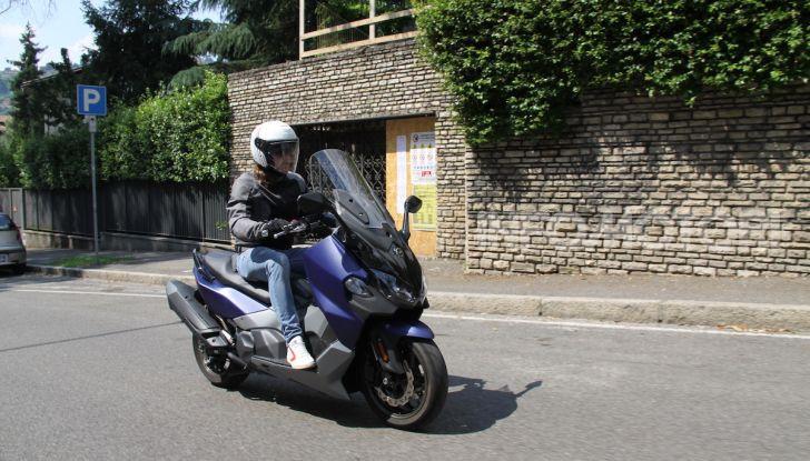 Prova Sym Maxsym 500 TL: il compagno di viaggio per tutti i giorni - Foto 4 di 40