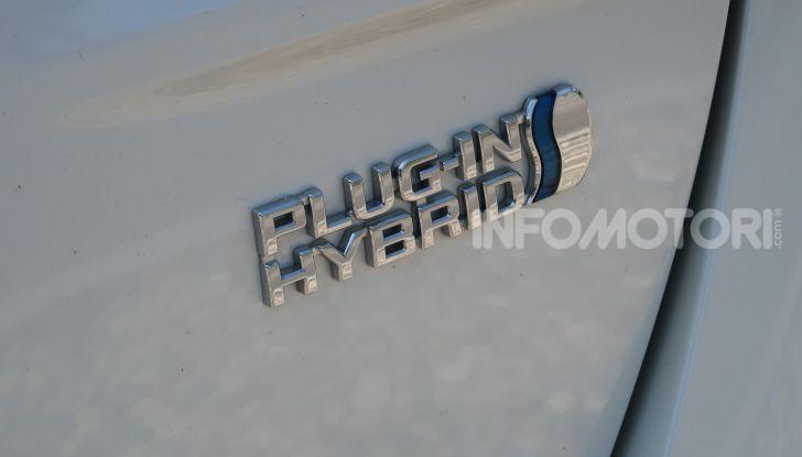 Toyota Prius Plug-in Hybrid: test drive, autonomia, prestazioni - Foto 10 di 36