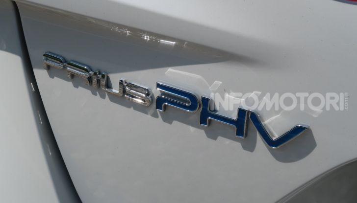 Toyota Prius Plug-in Hybrid: test drive, autonomia, prestazioni - Foto 11 di 36