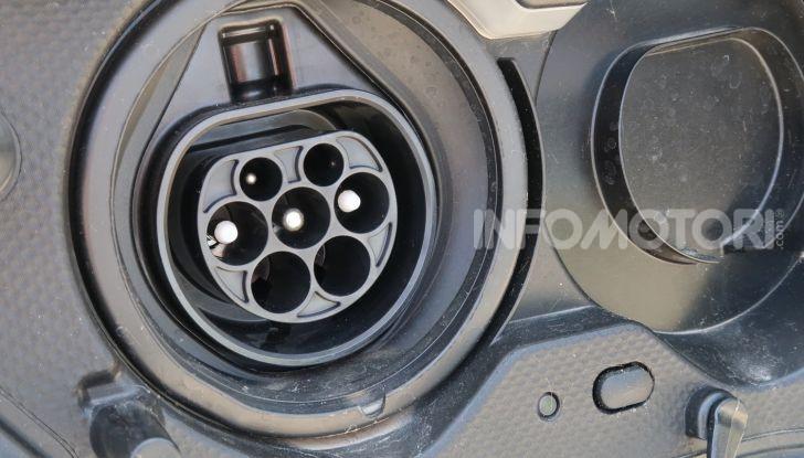 Toyota Prius Plug-in Hybrid: test drive, autonomia, prestazioni - Foto 12 di 36