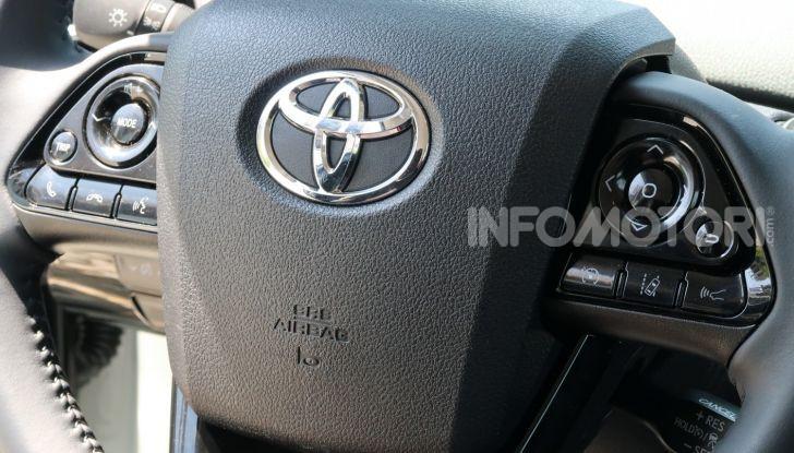 Toyota Prius Plug-in Hybrid: test drive, autonomia, prestazioni - Foto 21 di 36