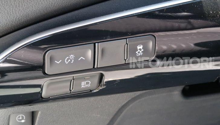 Toyota Prius Plug-in Hybrid: test drive, autonomia, prestazioni - Foto 24 di 36