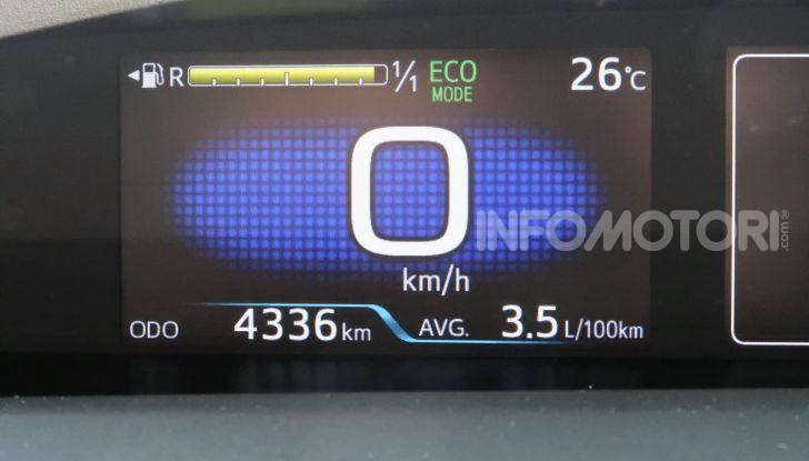 Toyota Prius Plug-in Hybrid: test drive, autonomia, prestazioni - Foto 30 di 36