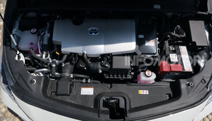 Toyota Prius Plug-in Hybrid: test drive, autonomia, prestazioni - Foto 31 di 36
