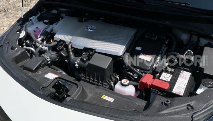Toyota Prius Plug-in Hybrid: test drive, autonomia, prestazioni - Foto 32 di 36