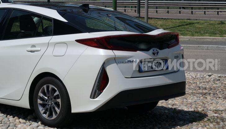 Toyota Prius Plug-in Hybrid: test drive, autonomia, prestazioni - Foto 34 di 36