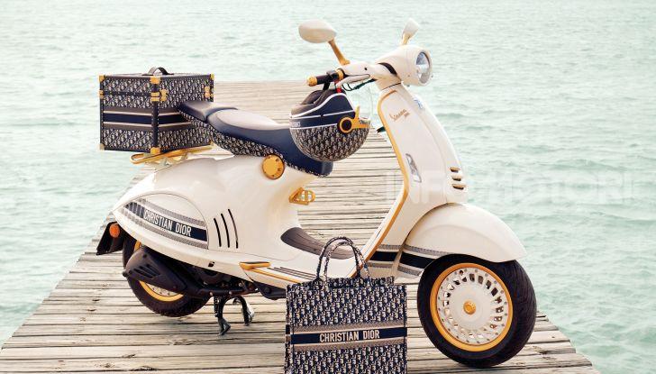 Vespa 946 Christian Dior: lo scooter tailor made che unisce Italia e Francia - Foto 2 di 5