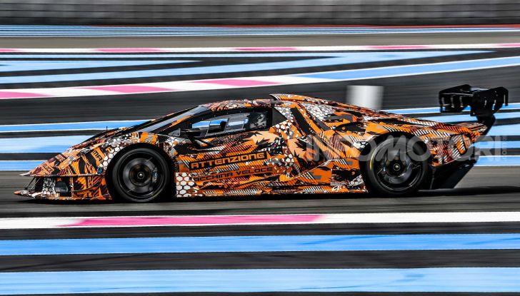Lamborghini SCV12